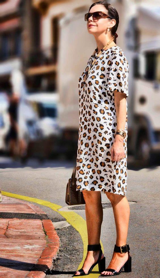 outfits primavera verano para mujeres de 40 años o mas con vestidos