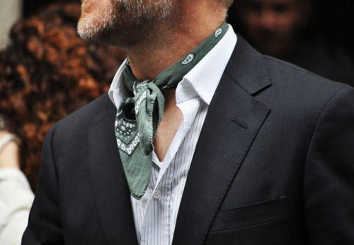 Bufandas para darle estilo al look de los caballeros