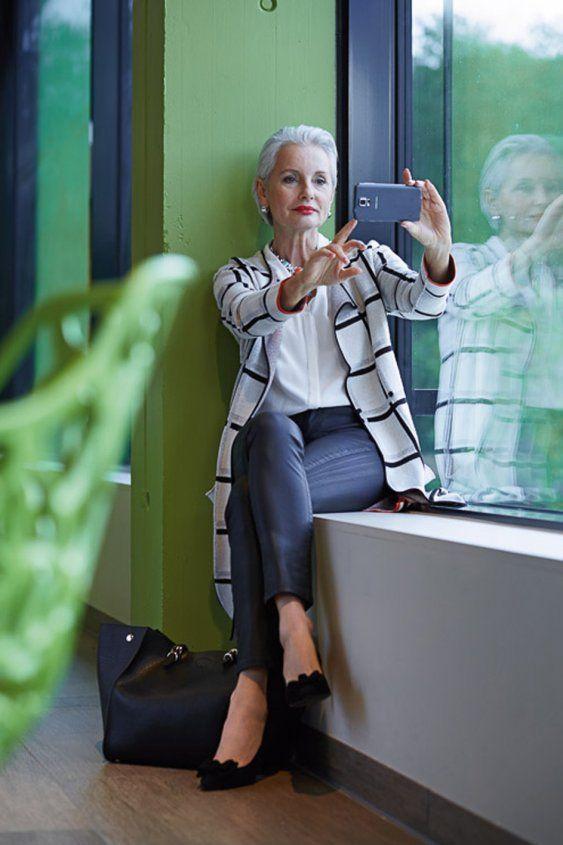 Moda para mujeres de 65 años y más 2019 con pantalones