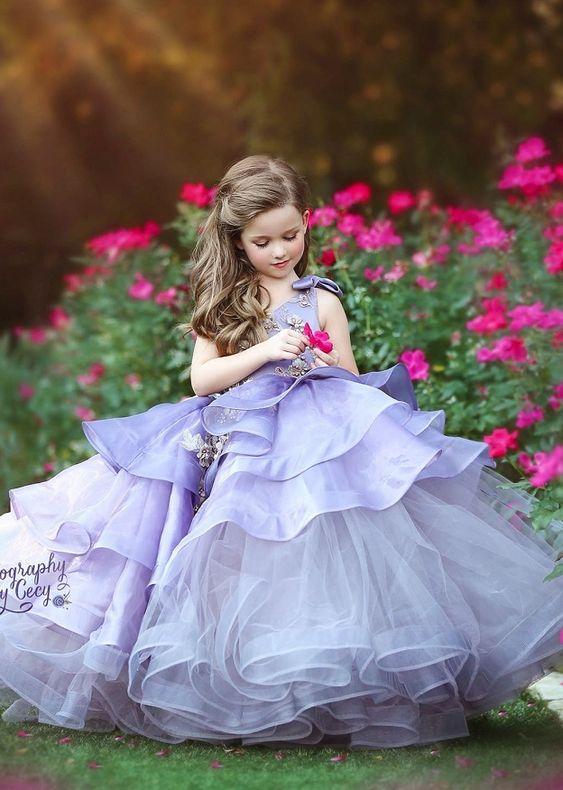 Vestidos de gala para reinados infantiles
