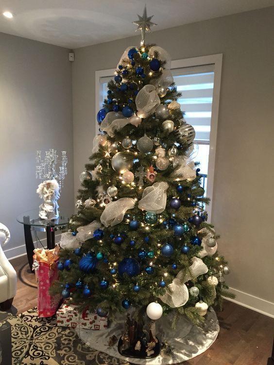 Árbol de navidad plata y azul
