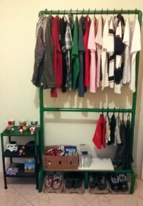 15 Formas Practicas para crear un armario cuando no tienes closet