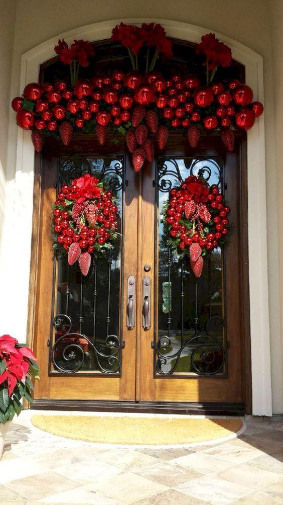 Decoración de puertas navideñas 2019