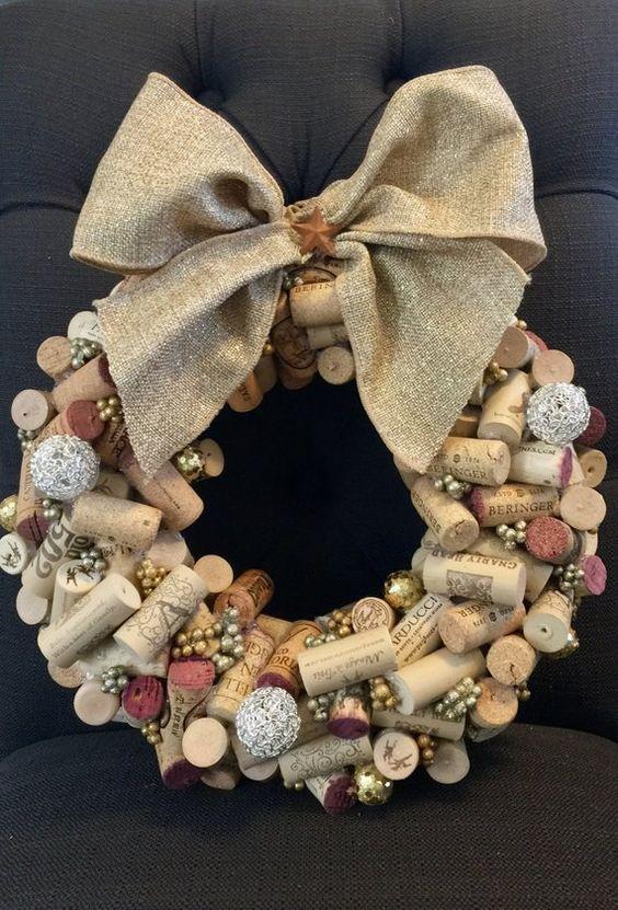 Puertas navideñas decoradas material reciclable