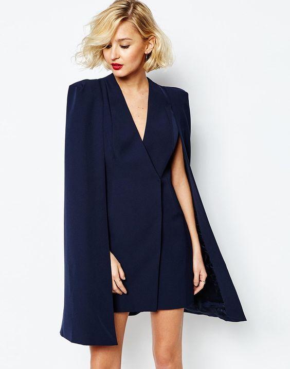 como combinar blazer abiertos con vestido