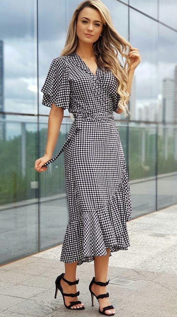 vestidos estampados de moda para mujeres de 40