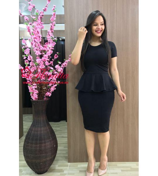 ideas para vestir para la oficina con vestido mujeres jovenes