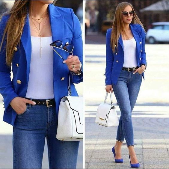 jeans y blazer mujeres maduras