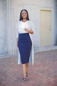 look formal para la oficina mujeres jovenes con falda