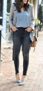 moda con jeans para oficina