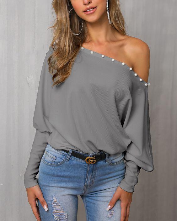 outfit con jeans y blusas de invierno mujeres maduras