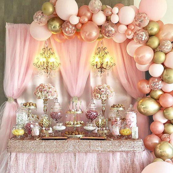 mamparas con telas para decorar fiestas