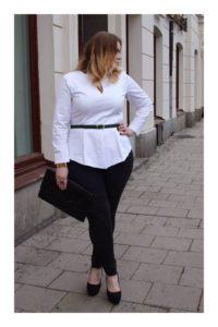 pantalon corte alto y camisa de oficina para chicas plus size