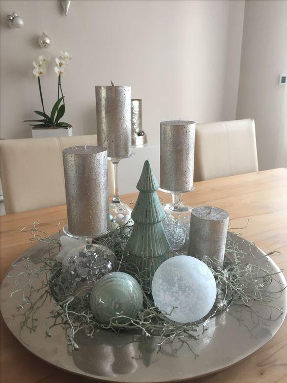adorno navideño en bandeja color plata