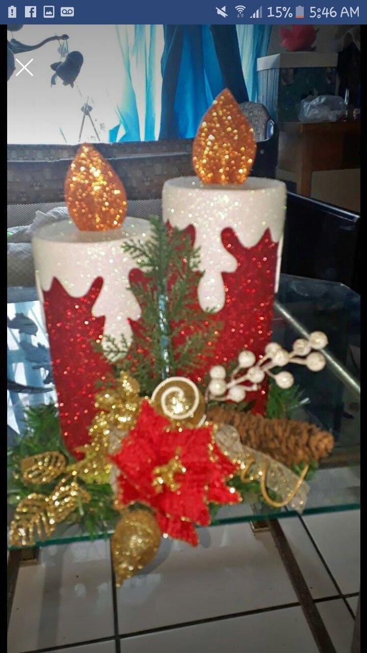 centros de mesa navideños con velas de foamy