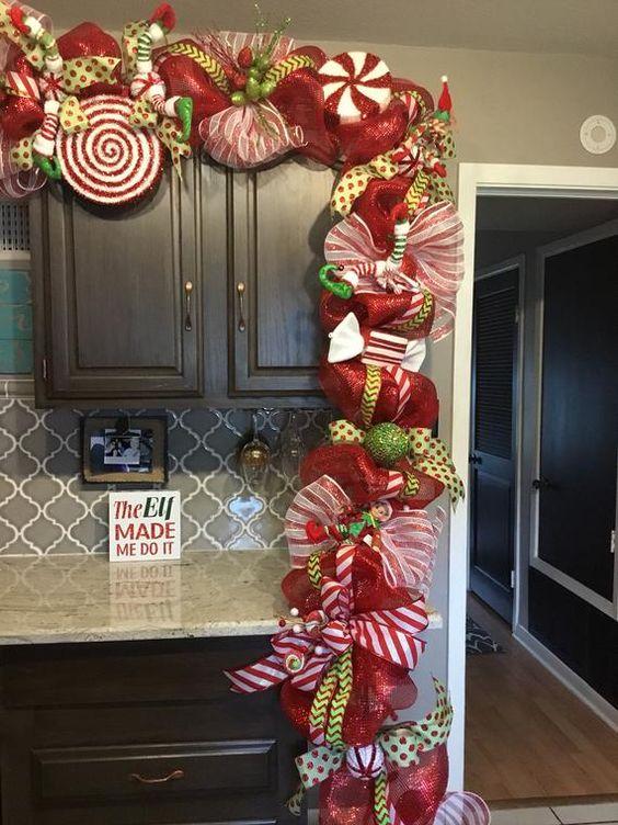 ornamentos verdes para decorar guias navidenas