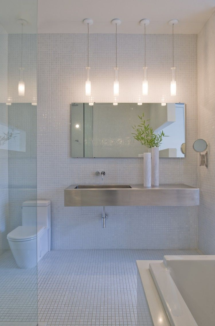 Cambiar iluminación para reformar el baño