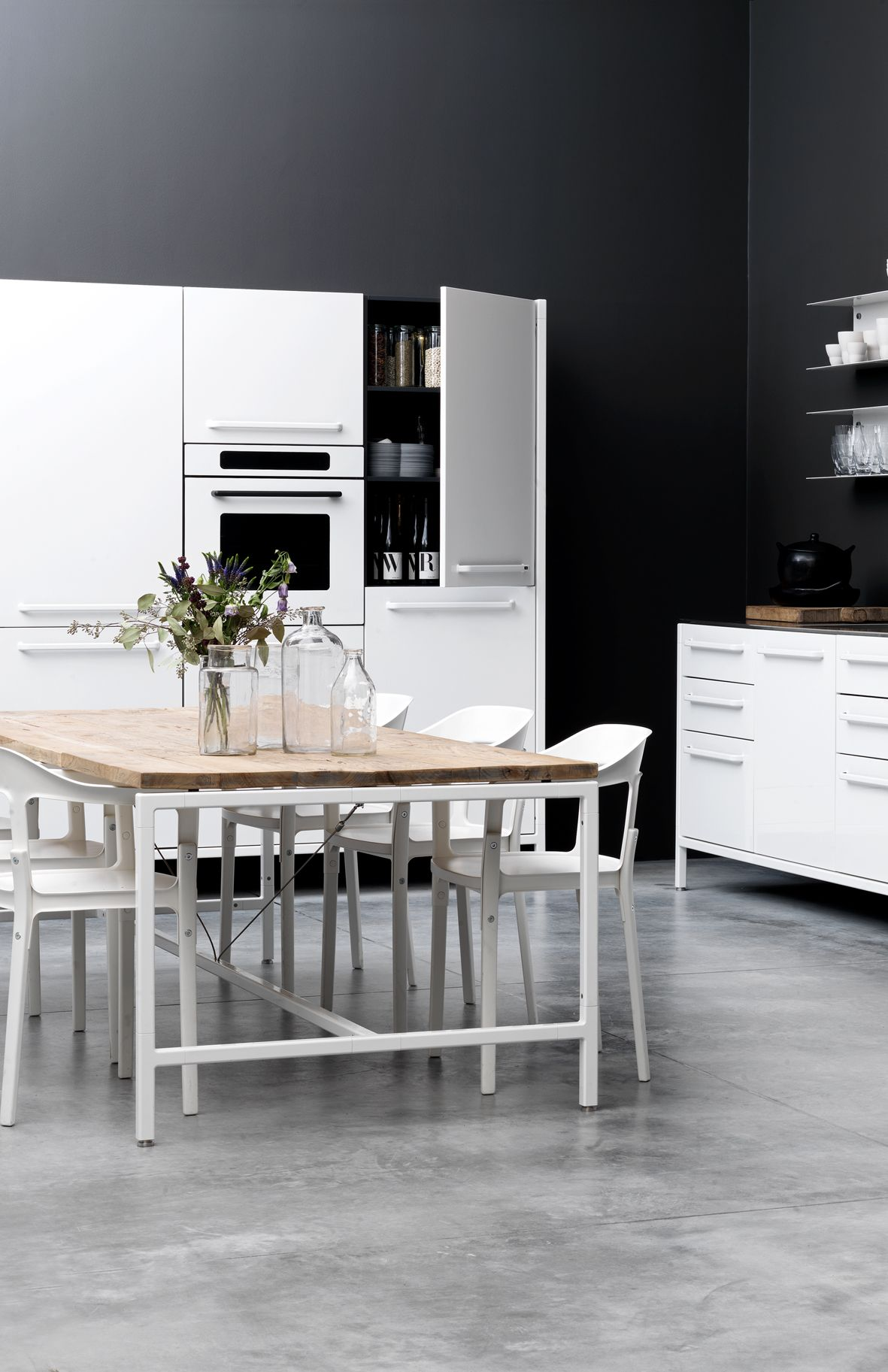 El negro para cocinas amplias y elegantes