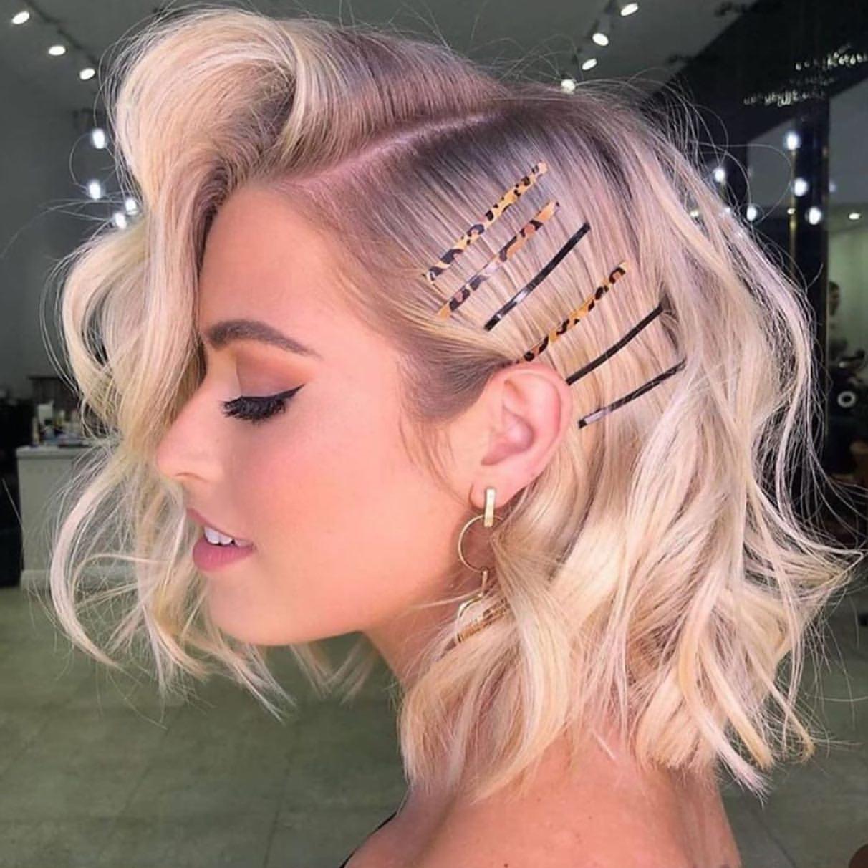 Peinados con broches de moda
