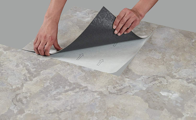 Puedes recubrir paredes con loseta vinílica