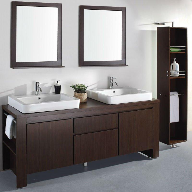 Baños con dos lavabos color chocolate