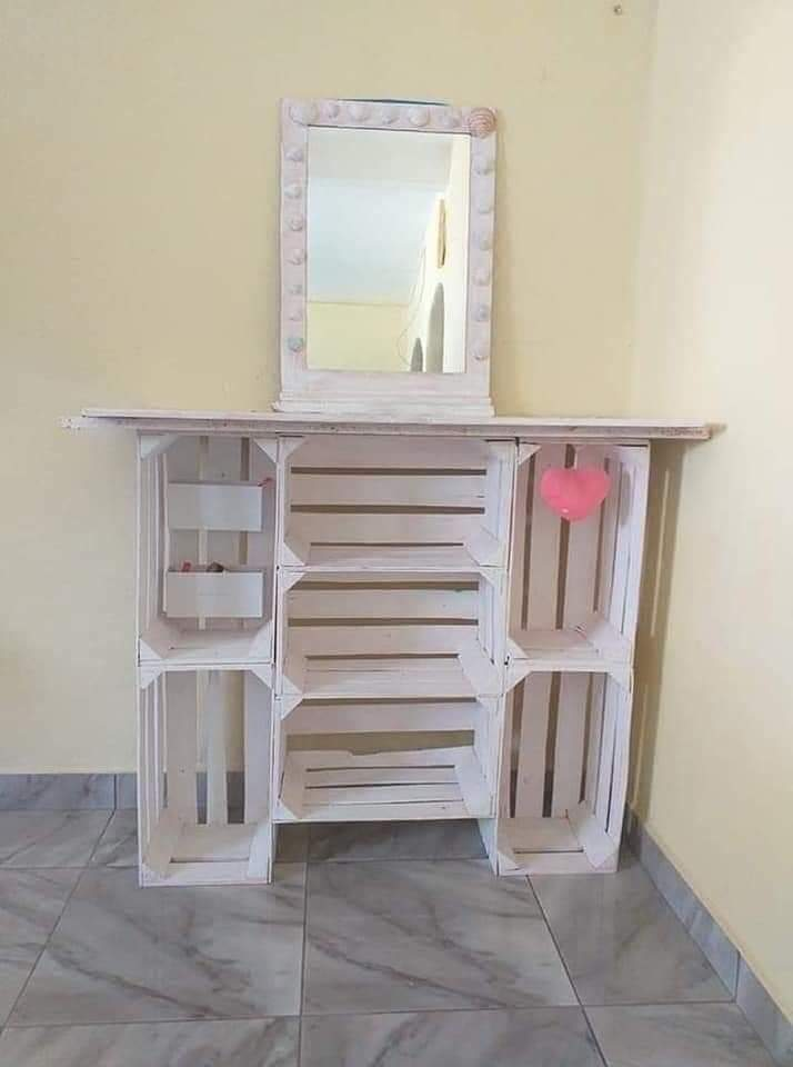 Ideas baratas y fáciles para hacer un tocador con cajas de madera