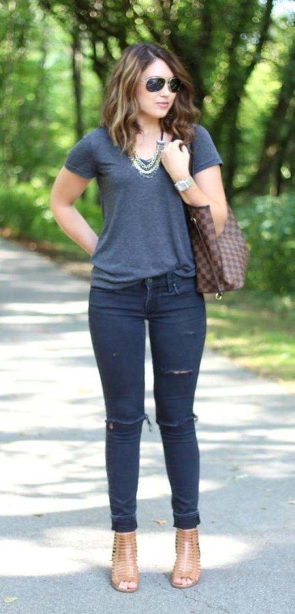 Outfits casuales para el diario mujeres de 30 años o mas: Camiseta de algodón básica