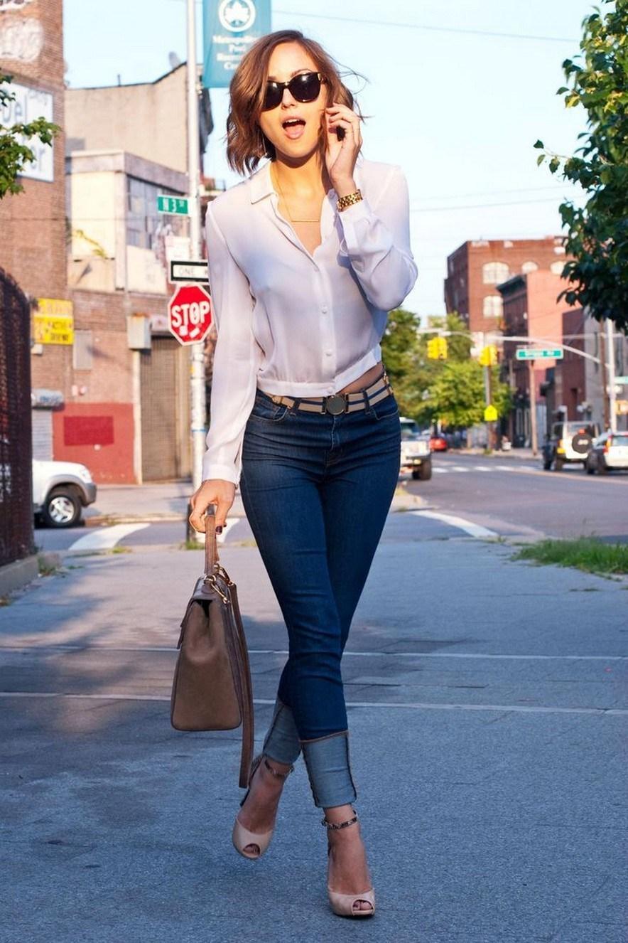 Outfits casuales para el diario mujeres de 30 años o mas: Jeans de mezclilla