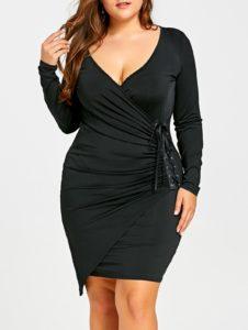 Outfits inspirados en Chiquis Rivera para lucir esas curvas con vestido negro