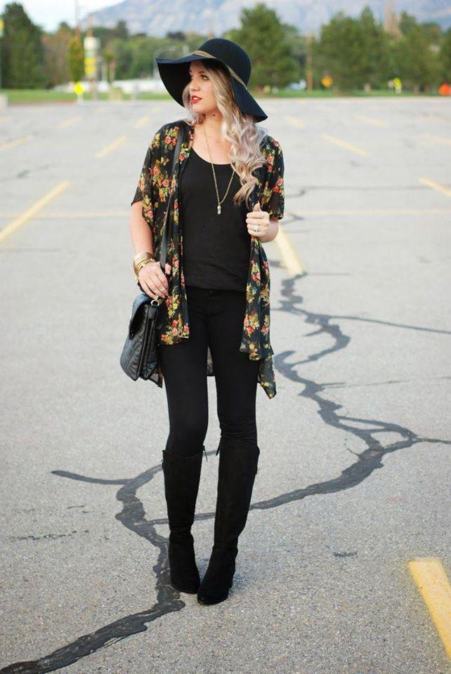 Agrégale un quimono a tus outfits color negro