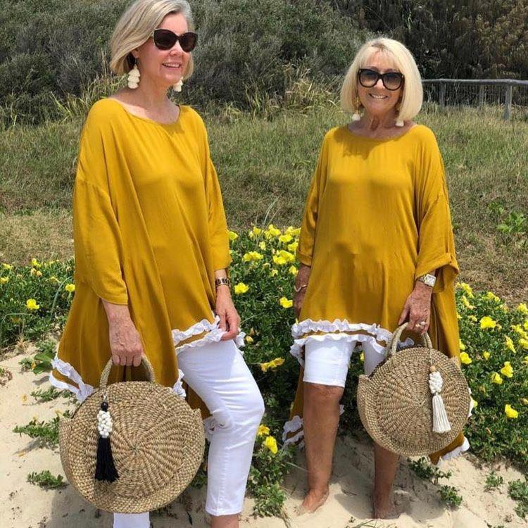 Outfits casuales de playa para mujeres mayores