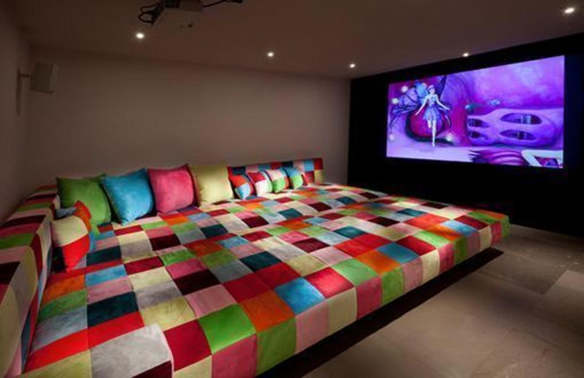 Salas de cine caseras en las que te puedes acostar