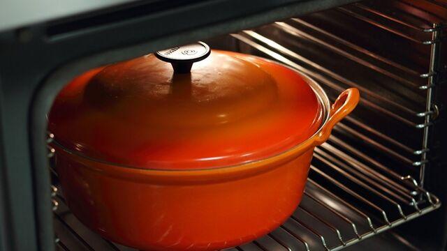 Limpia tu horno con productos naturales