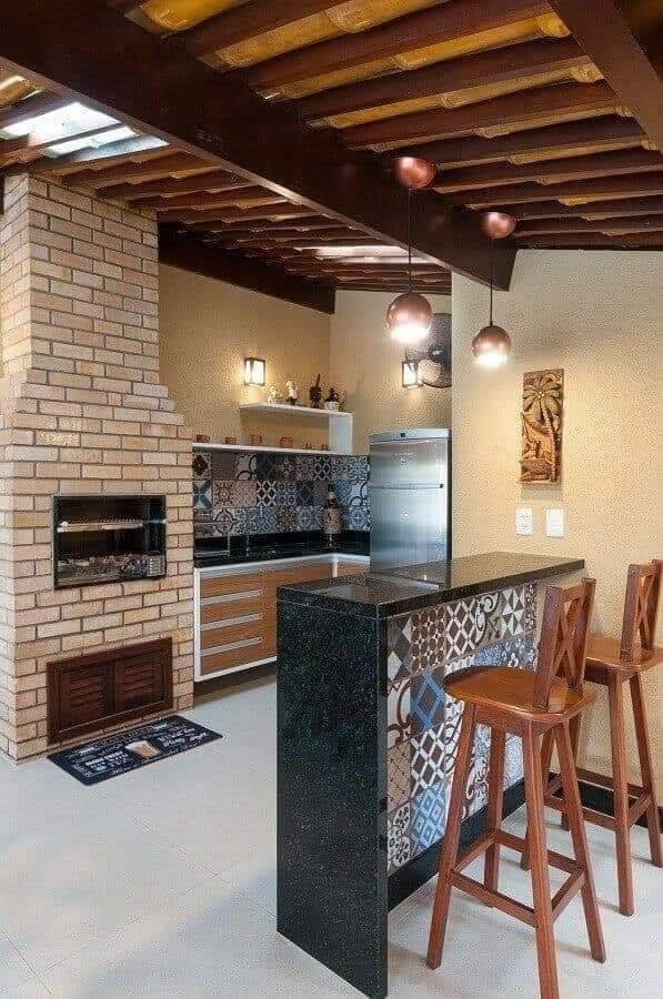 Hornos y fogones estilo rústico en áreas con techo