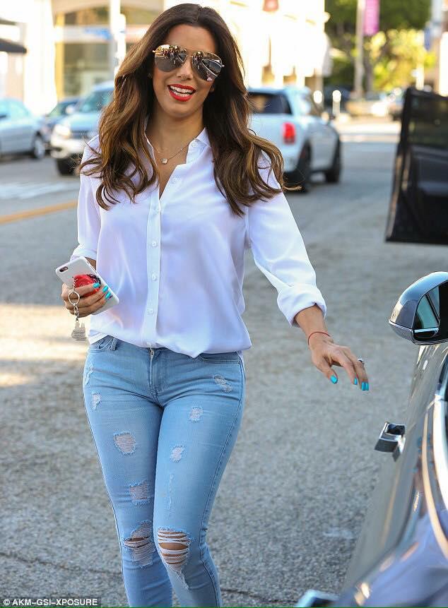Blusa blanca fajada outfit