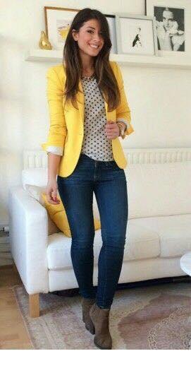 Cómo combinar un blazer amarillo
