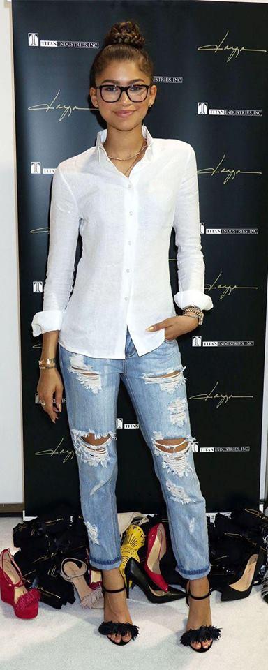 Cómo combinar una blusa blanca formal
