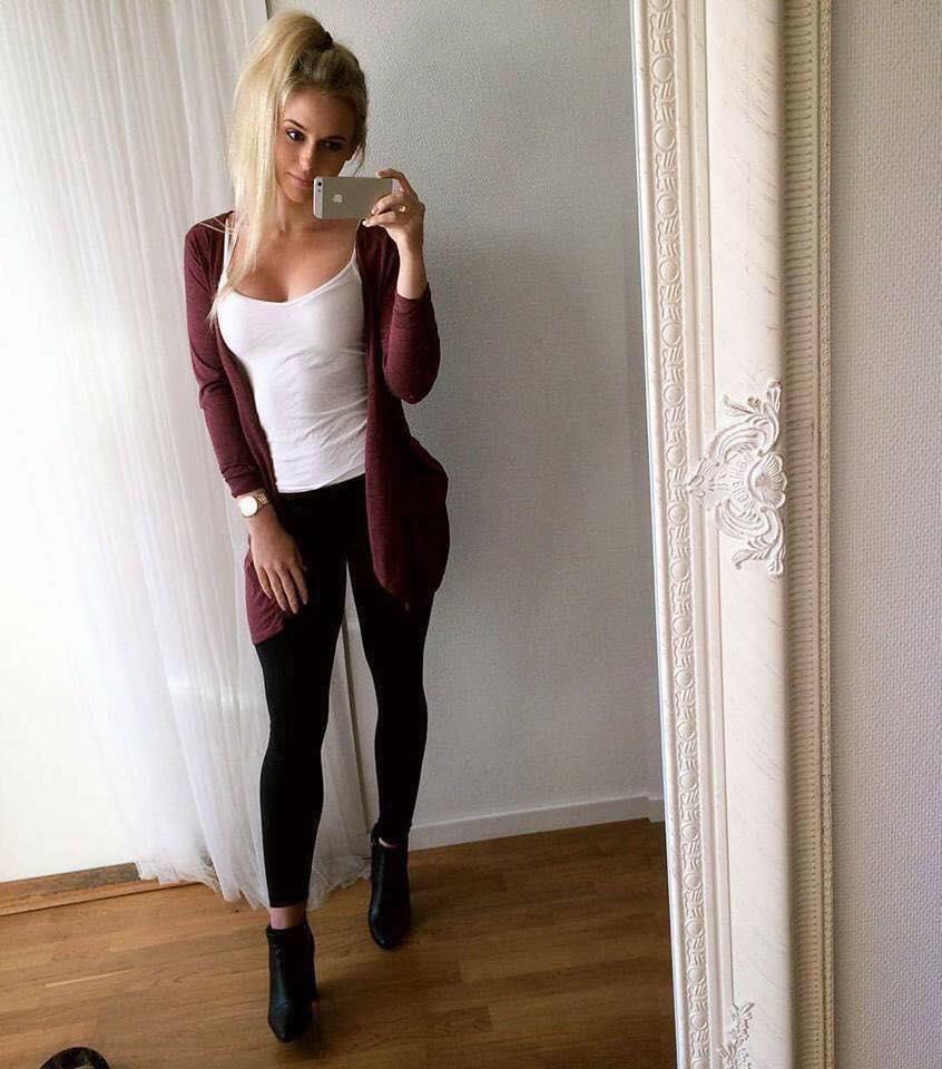 Look de leggins negros informal