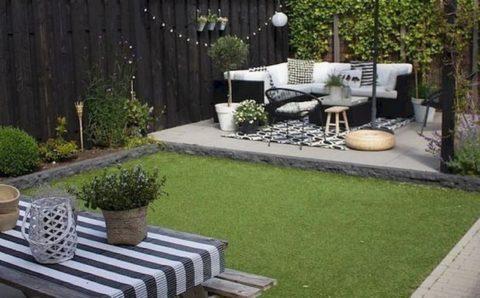 Diseños de patios modernos con áreas verdes