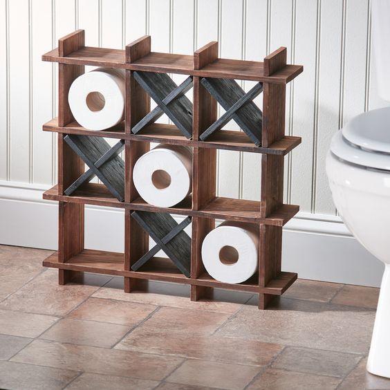 Dónde poner el papel higiénico en material de madera
