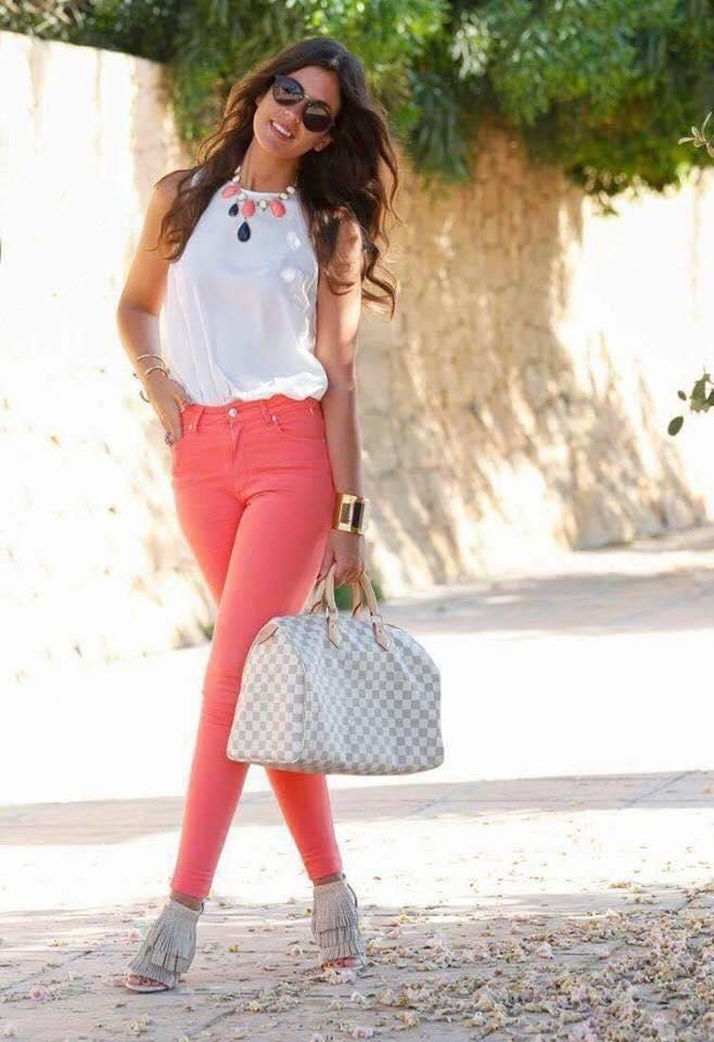 Outfits Color Salmon Coral Para La Temporada Como Organizar La Casa