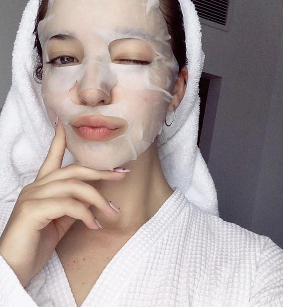 Cómo aplicar la mascarilla japonesa para rejuvenecer 10 años