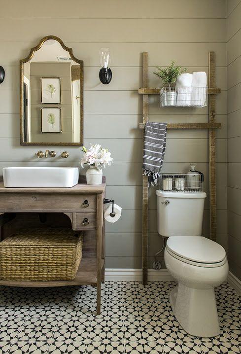 Decoración de estilo rústico para el baño