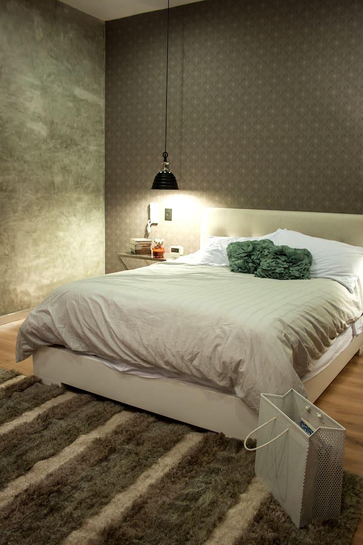 Dormitorio sencillo en casa pequeña