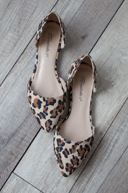 Flats con animal print para lucir zapatos sin tacón