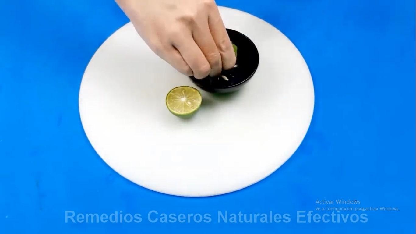 Jugo de limón efectivo para adelgazar