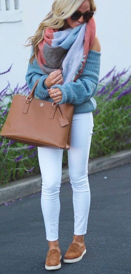 Look con skinny jeans y maxi suéter para mujeres
