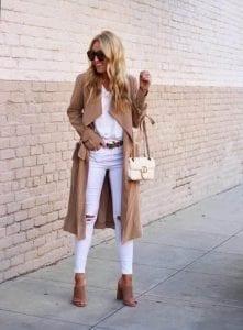 Combinación de color blanco con kaki para mujeres modernas