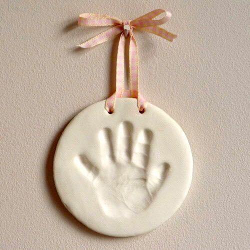 Huella de mano en arcilla de tu bebé para recuerdo