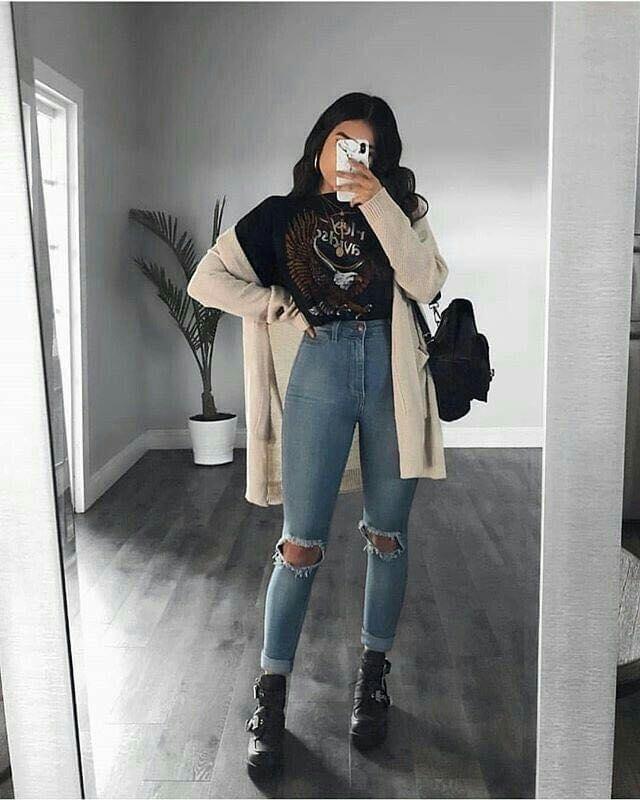 Jeans rasgados con altura a la cintura